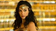 «Чудо-женщина: 1984» выйдет в российский прокат в следующем году