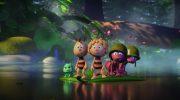 Майя и её друзья спасают преследователя в отрывке мультфильма «Пчёлка Майя: Медовый движ»